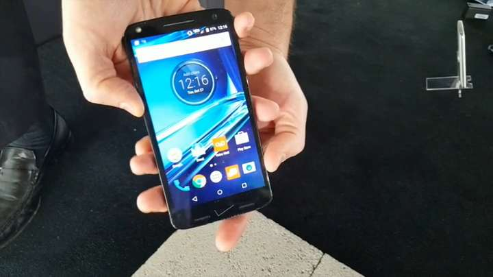 First look: Motorola's new shatterproof Droid Turbo 2