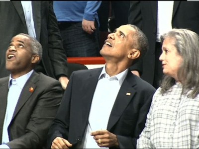 Raw: Obama Attends Bulls Home Opener