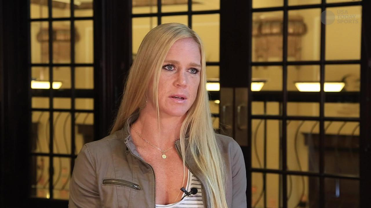 Holly Holm ready for fame if she beats Ronda Rousey