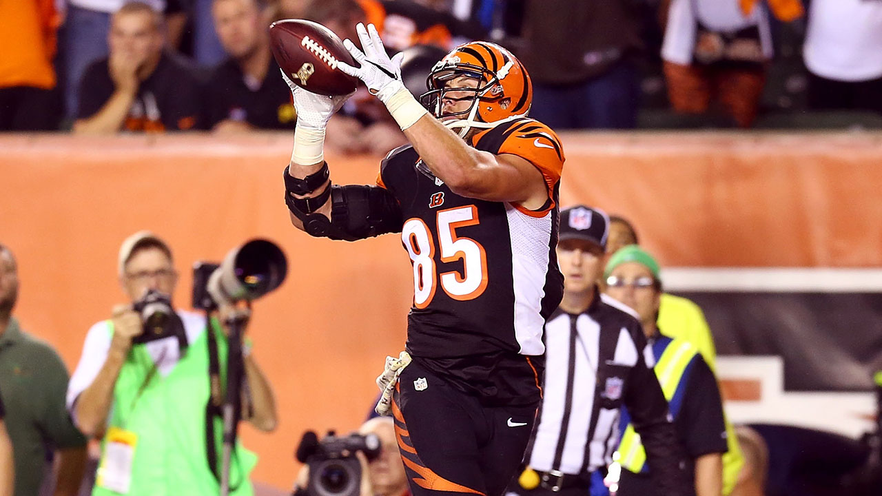 MMQB Extra: Teams finding success with their TE's