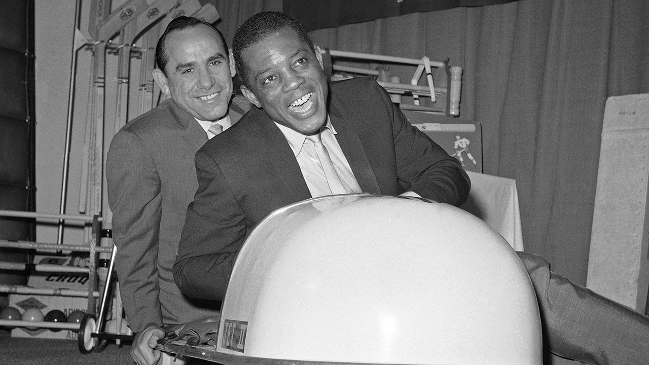 Yogi Berra, Willie Mays to receive Presidential Medal of Freedom