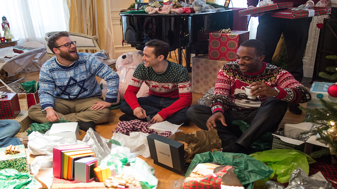 Rogen, JGL and Mackie: Tires make bad Christmas gifts