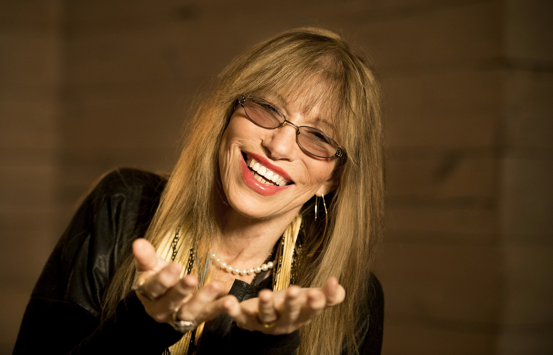 Carly Simon tells USA Today about playing a concert with Taylor Swift