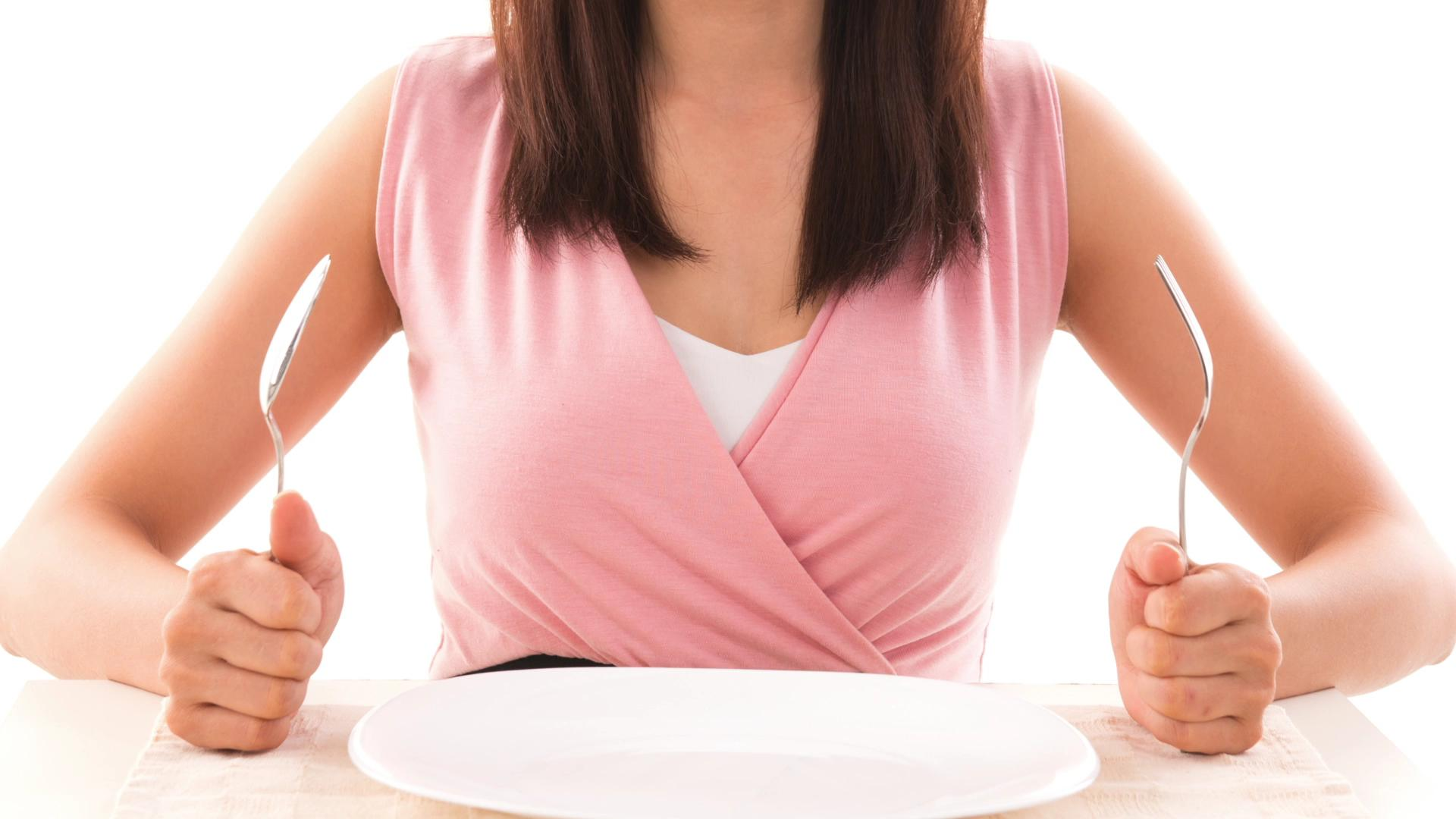 Tips and strategies to avoid overeating on Thanksgiving