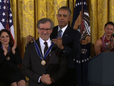 Obama Honors Streisand, Spielberg In Washington