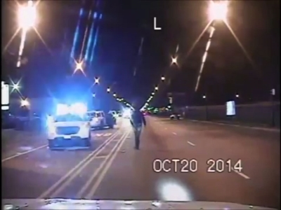 Raw: Chicago Officer Fatally Shoots Black Teen