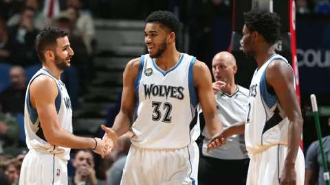 Towns and mentor match up Wednesday