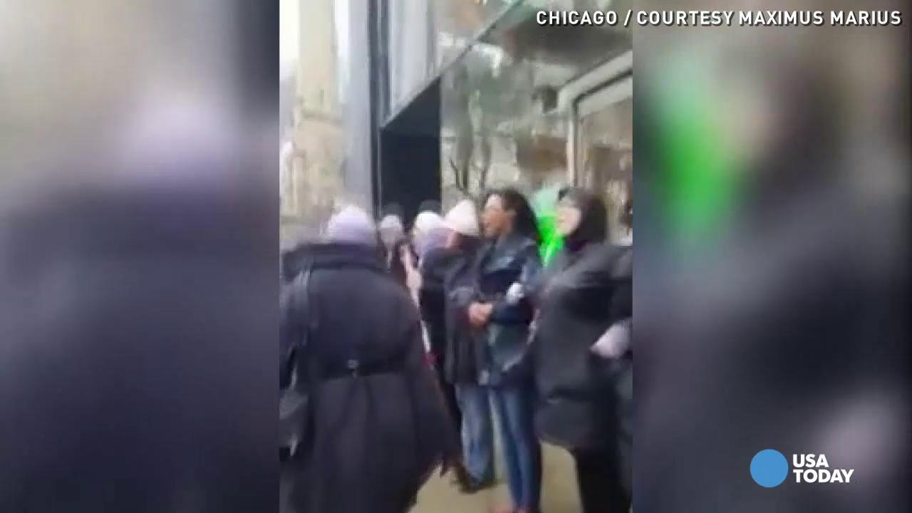 Raw: Chicago protests persist on Black Friday