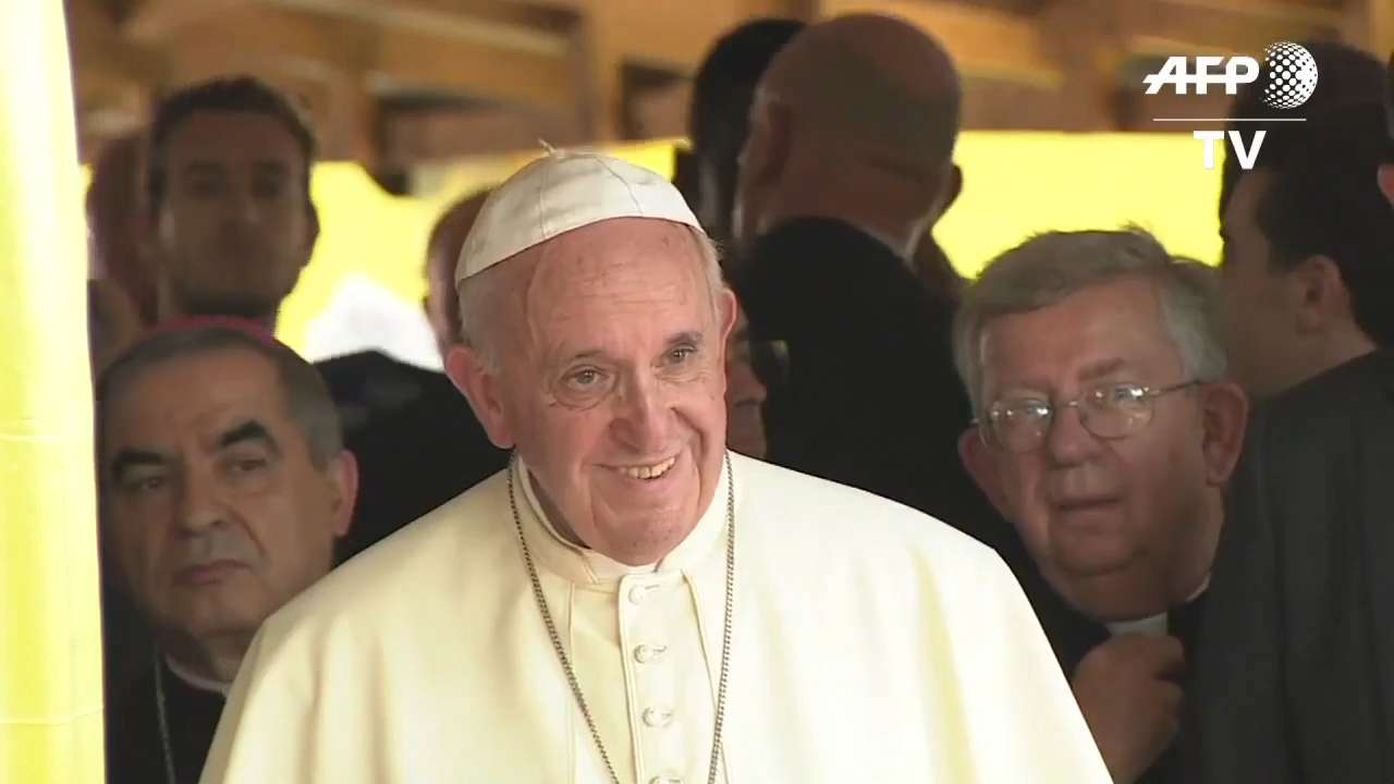 Pope Francis makes most dangerous stop of African tour