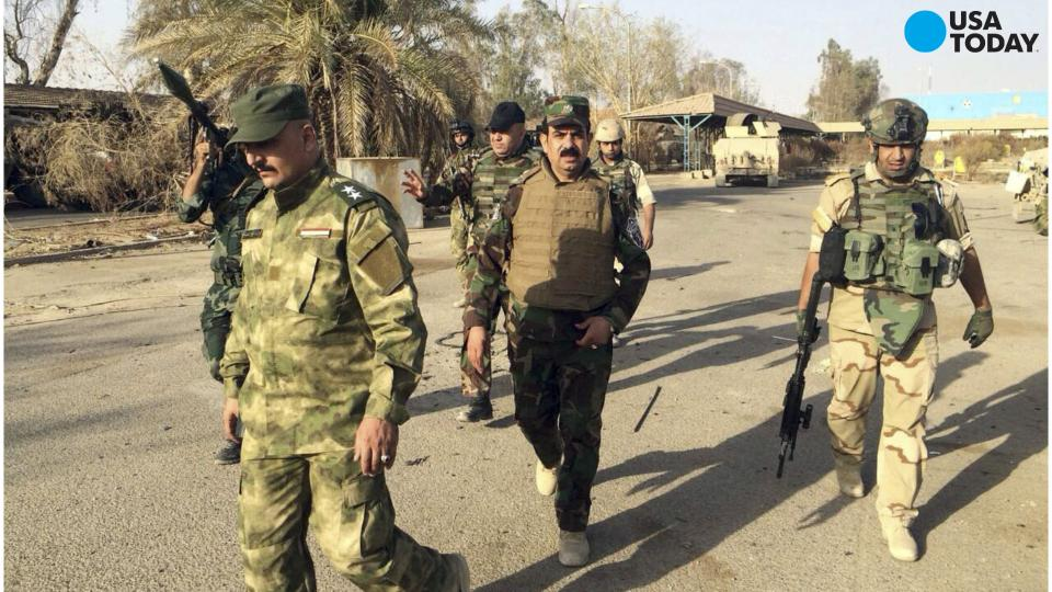 Islamic State defections mount as death toll rises, U.S. official says