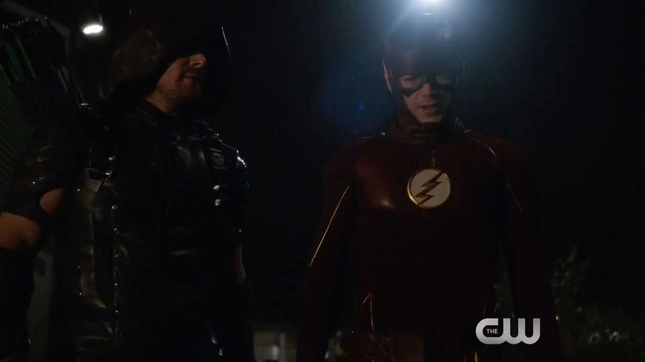 Exclusive clip: Heroes team up again in 'Flash'/'Arrow' crossover