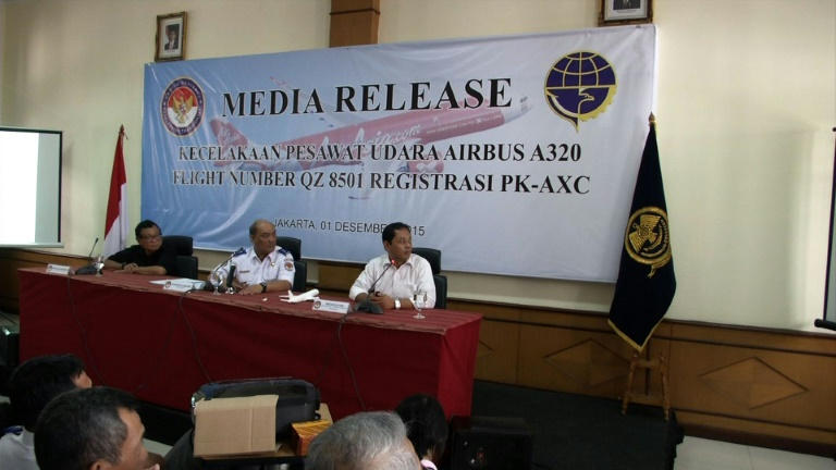 AirAsia crash due to faulty component, crew response