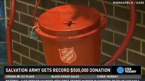 Couple drops $500K check into Salvation Army kettle