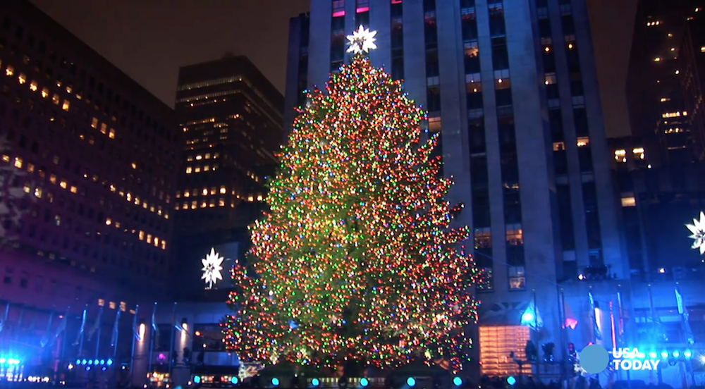 - Rockefeller Center Christmas Tree Lights Up New York