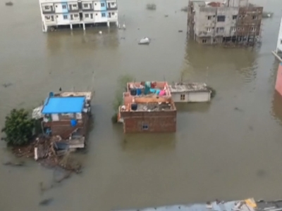 Heavy rains cause severe flooding in India