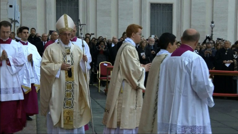 Pope Francis launches Catholic Jubilee