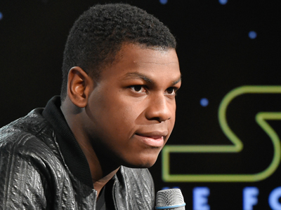 'Star Wars' actor talks lightsabers, The Force