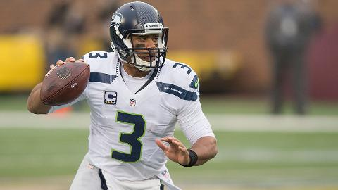 Russell Wilson thrives in Seahawks' open offense