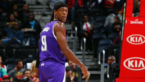 Sacramento Kings guard Rajon Rondo gestures after scoring during the first half of an NBA basketball game against the Los Angeles Clippers, Saturday, Jan. 16, 2016, in Los Angeles. (AP Photo/Mark J. Terrill)