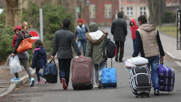 Over 1 million migrants, refugees arrived in Europe in 2015