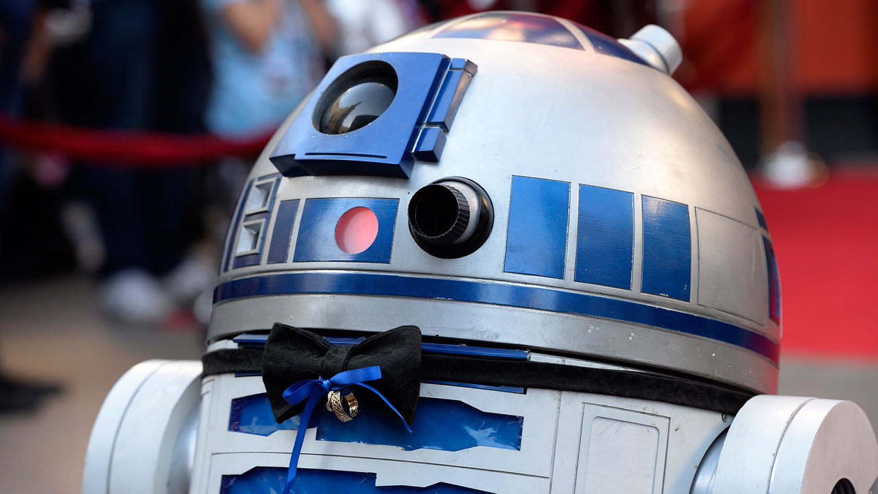 New 'Star Wars' Earns Fastest Box Office Billion