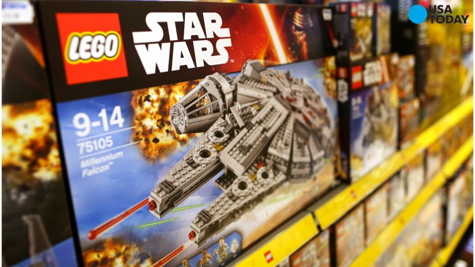 A year before Star Wars: The Force Awakens started shattering every box office record in Hollywood, Lego enthusiast Marshal Banana decided to recreate the film's version of the Millennium Falcon. The result: a huge 7,500-piece Lego creation.