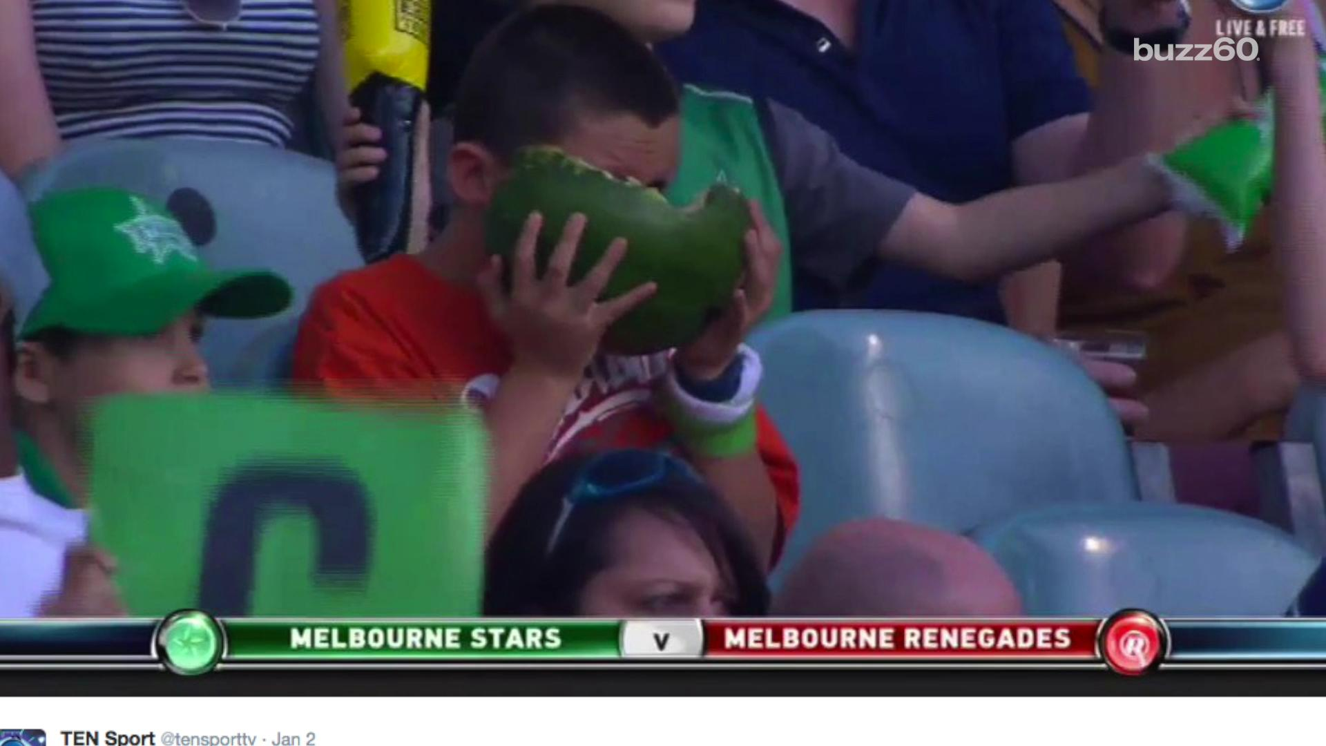Hilarious video of a kid trying to eat an entire watermelon, skin and all, at a cricket match has gone viral. He's been dubbed, #WatermelonBoy, with countless memes and TV appearances to his name. Sean Dowling (@seandowlingtv) has more.