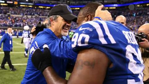 Chuck Pagano signs contract extension with Colts