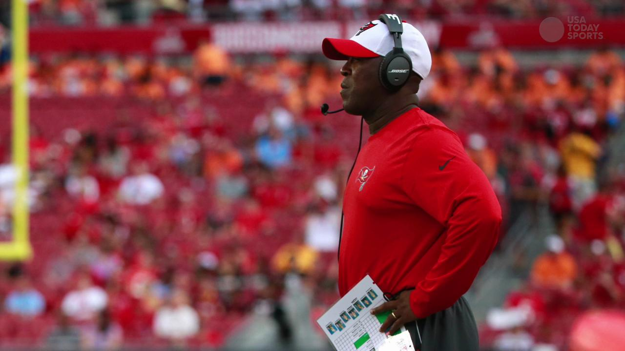 NFL Inside Slant: Bucs fired Lovie Smith the wrong way