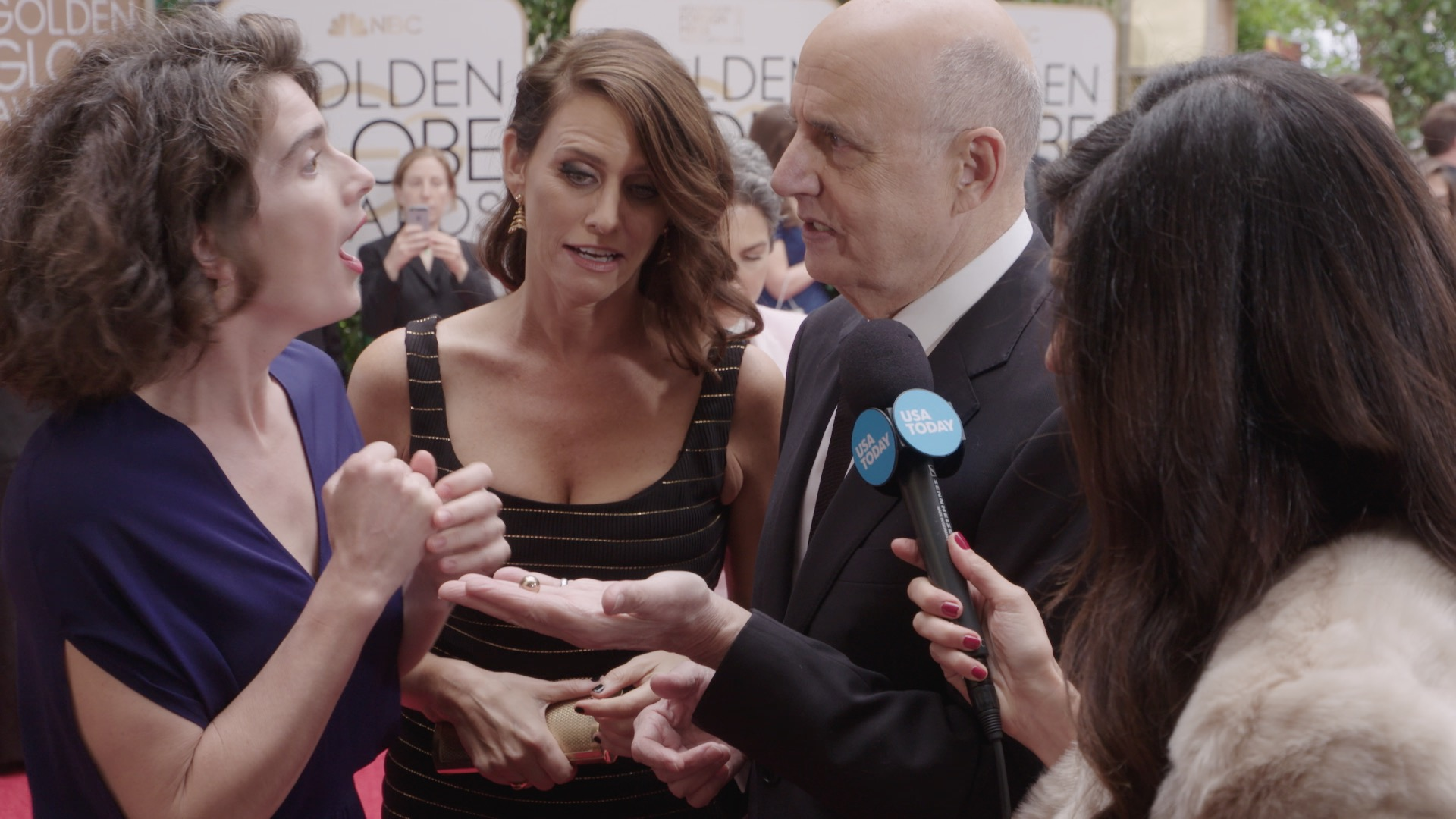 'Transparent' cast acts like actual family on the red carpet