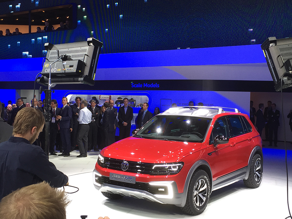 Volkswagen introduces a new Tiguan concept SUV deisgned to be more powerful and rugged.