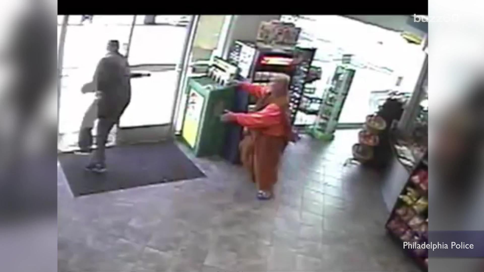 Monk fights back after being robbed while buying lottery tickets