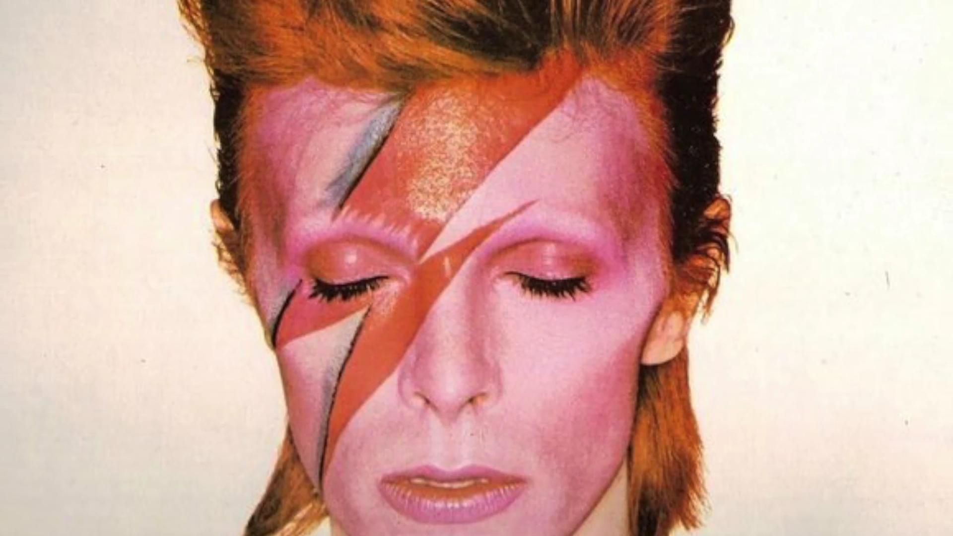 People petition God to send David Bowie back