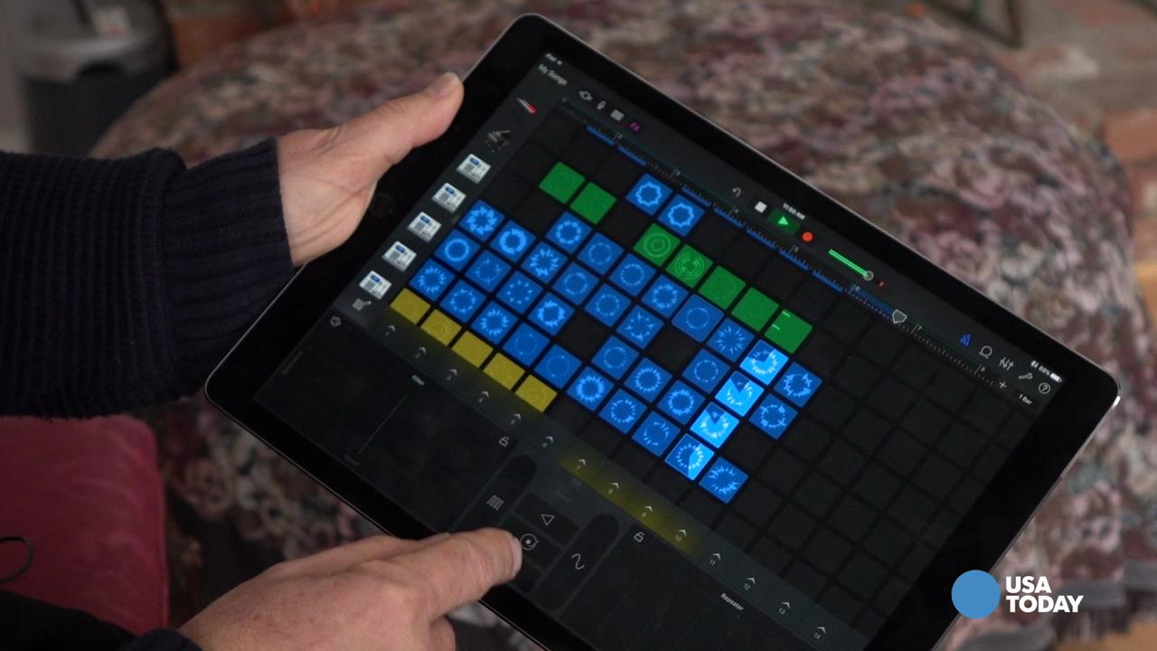 Apple's updated GarageBand app has tools to turn yourself into the coolest DJ in town. Jefferson Graham previews.