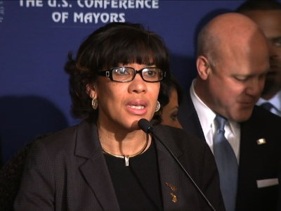 Flint Mayor slams state on water crisis
