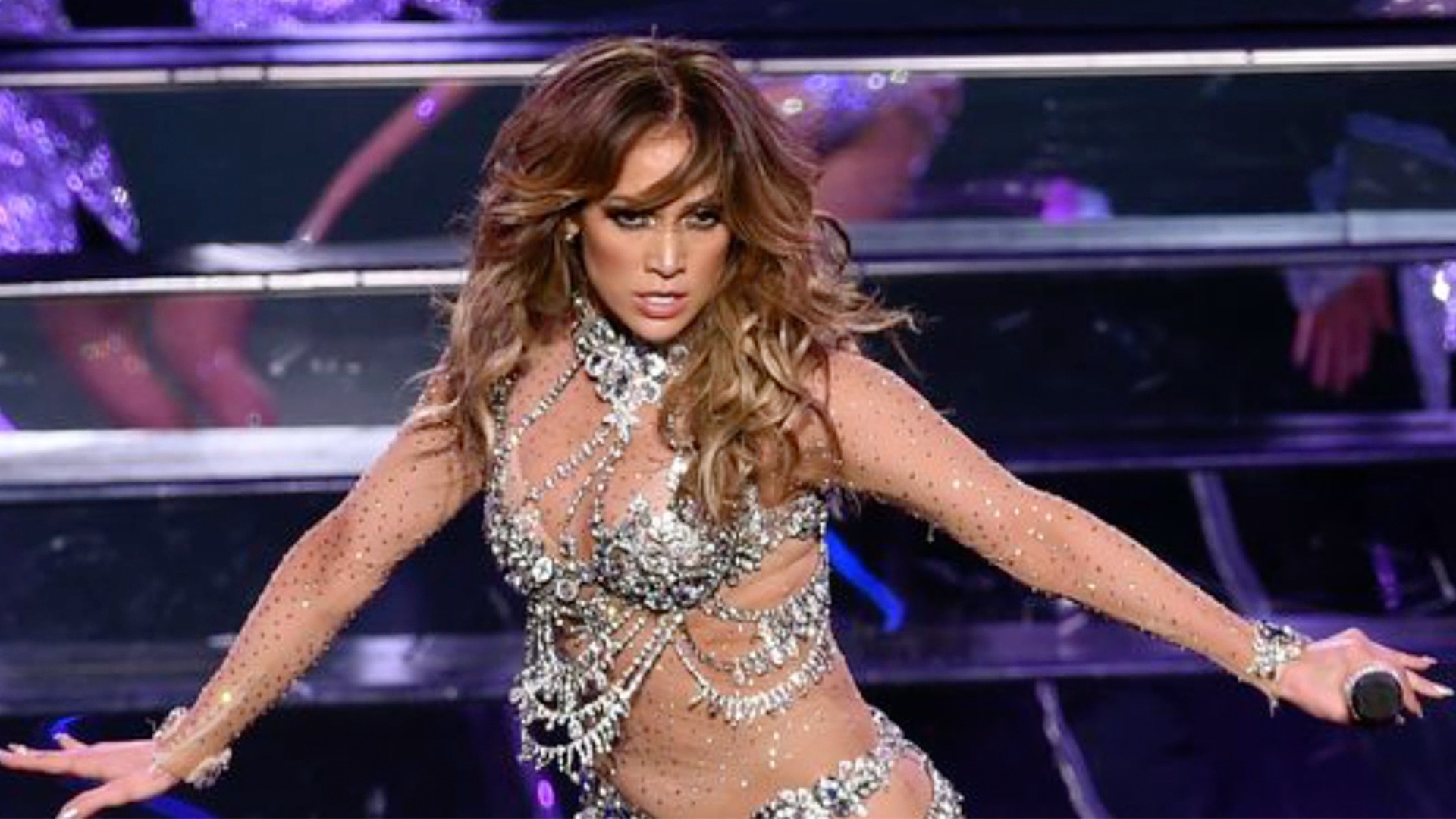 Host Jennifer Lopez opens the show with a dance medley of the year's biggest hits at the American Music Awards.