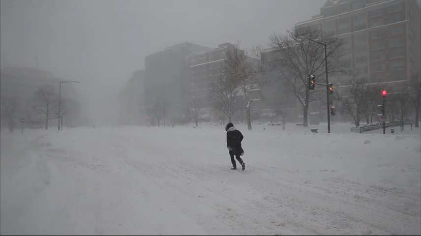 Blizzard brings much of East Coast to standstill
