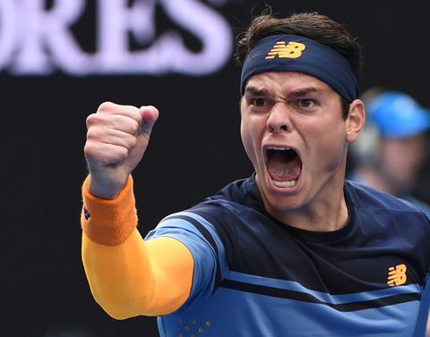 Milos Raonic dropped Stan Wawrinka in a decesive fifth set to advance to his second consecutive Australian Open quarterfinal.