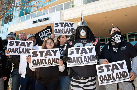 Are the Oakland Raiders moving to Las Vegas?