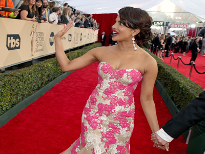 Stars Shine on the SAG Awards Red Carpet
