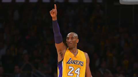 Kobe Bryant showed flashes of his old self Tuesday night when he helped the Lakers beat the Minnesota Timberwolves.