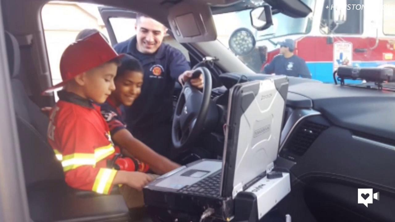 Firefighter goes all out to cheer up kindergartner