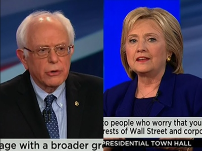 Democratic Presidential candidates Hillary Clinton and Senator Bernie Sanders answered questions in a town hall hosted by CNN in Derry, N.H. on Wednesday night.