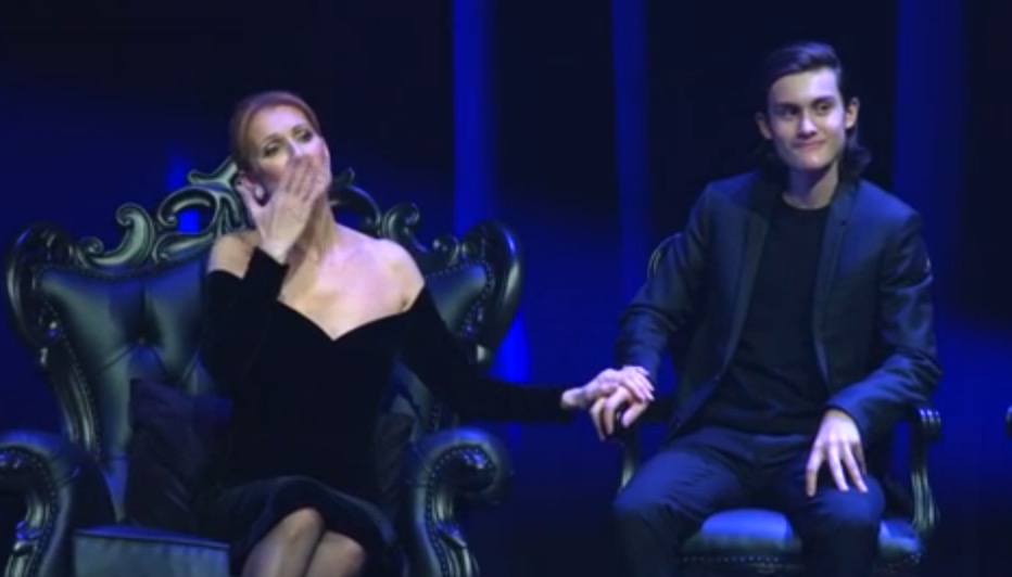 Tearful Celine Pays Tribute to Rene