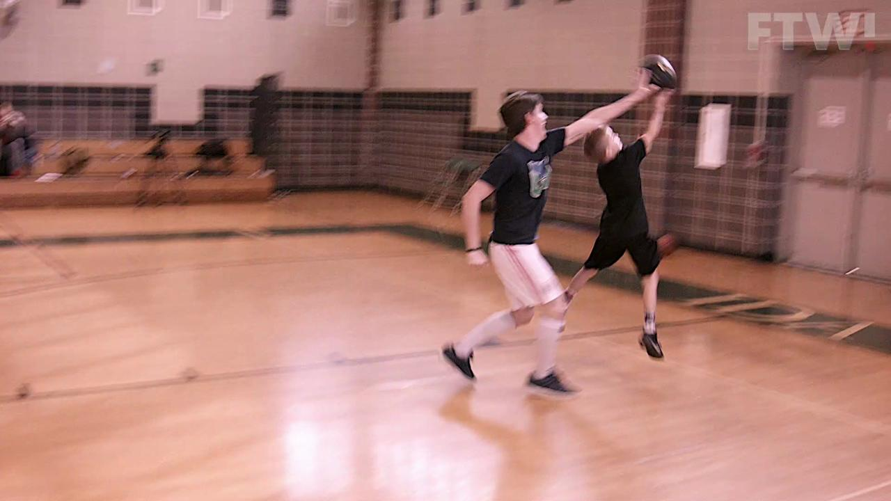 Nate vs. Noah 'Young basketball sensation'