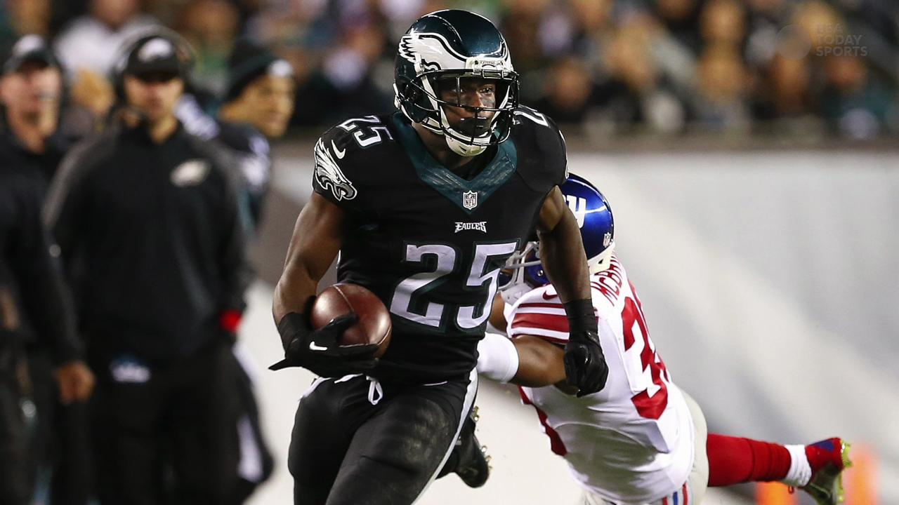Philadelphia Eagles safety Malcolm Jenkins shoots down rumors of unrest amid former coach Chip Kelly and his players.