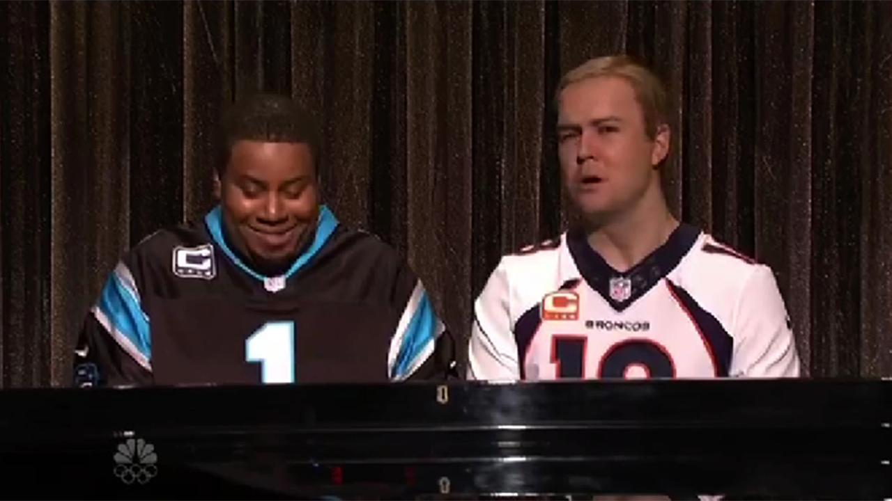 """Kenan Thompson and Taran Killam sang """"Ebony and Ivory"""" as Cam Newton and Peyton Manning on Saturday night's episode of 'SNL', and they joked about the media's treatment of the two quarterbacks."""