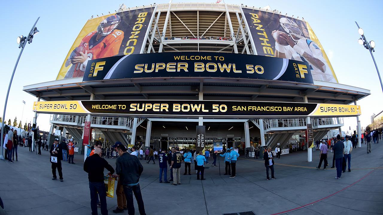 SI's writers and producers in Santa Clara captured the scene in the hours leading up to Super Bowl 50.