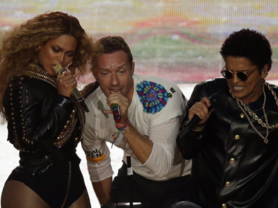 Here's a taste of the performance by Coldplay, Beyonce and Bruno Mars at the Super Bowl Sunday as they played separately and together at the Halftime show. (Feb. 7)