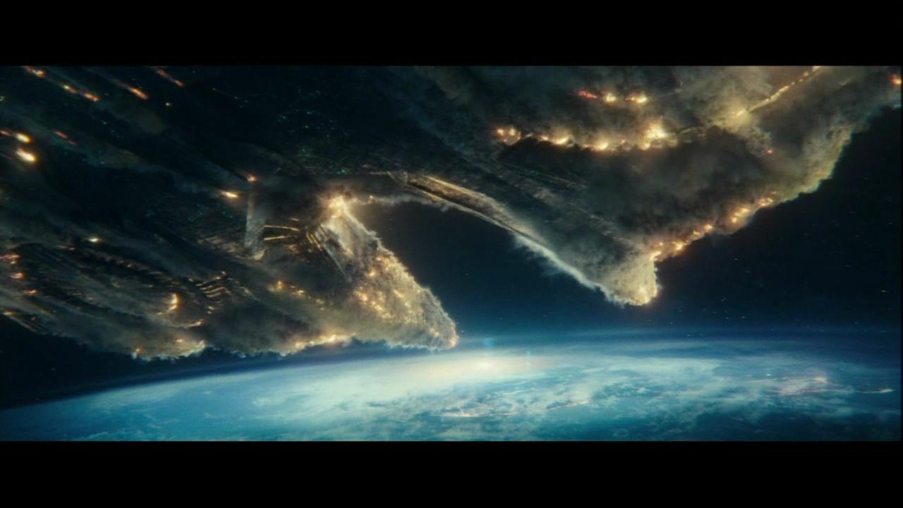 'Independence Day Resurgence' trailer airs during Super Bowl 50.